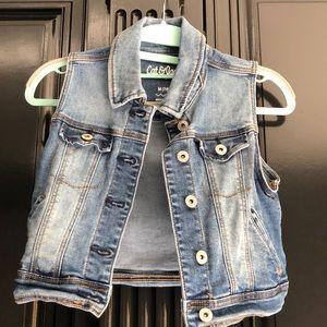 Great condition little girls vest sz 7/8!